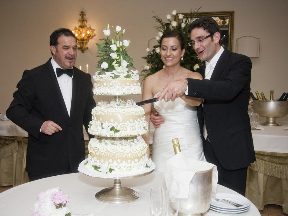 foto_ricevimento_taglio_torta_matrimonio (52)