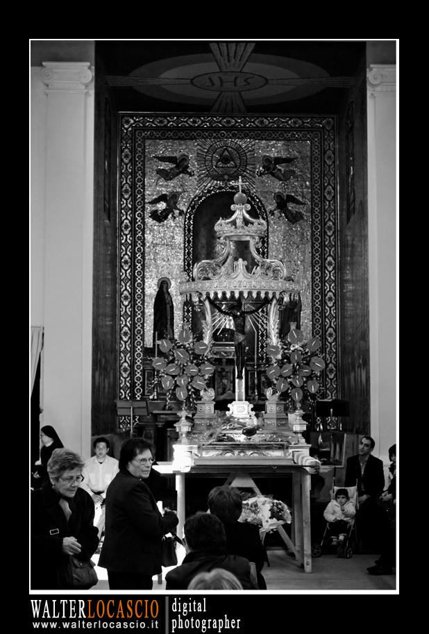 venerd-santo-a-caltanissetta-il-cristo-nero-2010_4514340376_o.jpg