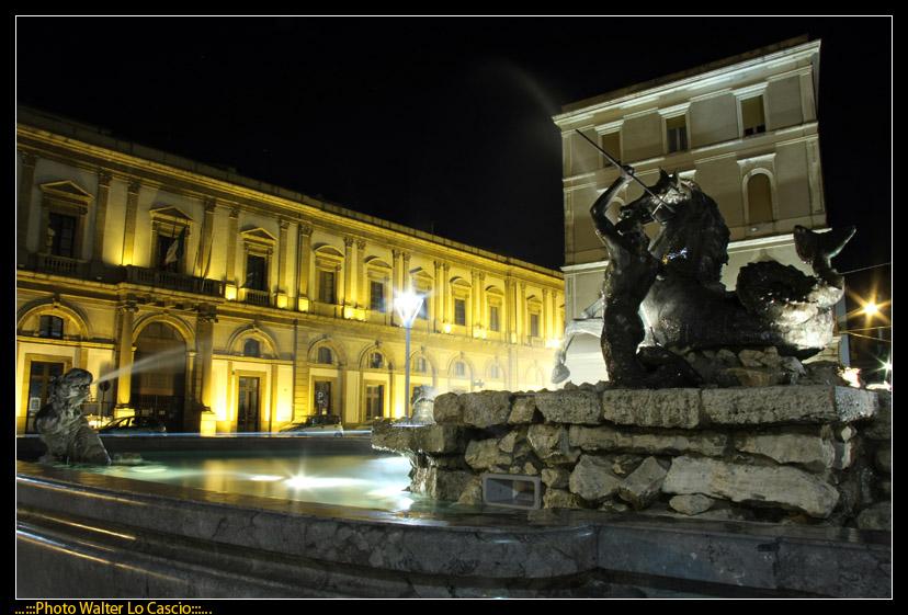 piazza-garibaldi-a-caltanissetta_3422070955_o.jpg