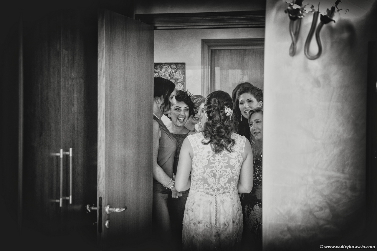 Photo_preparation_of_the_bride_in_Sicily (59)