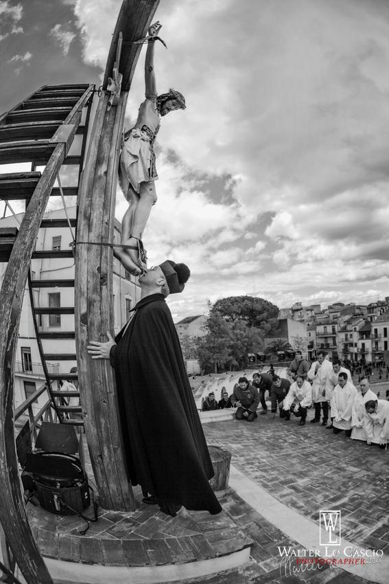 venerd-santo-a-san-cataldo-2014_13902213052_o.jpg