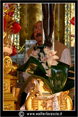 il-venerd-santo-a-caltanissetta-il-cristo-nero_3404138034_o.jpg