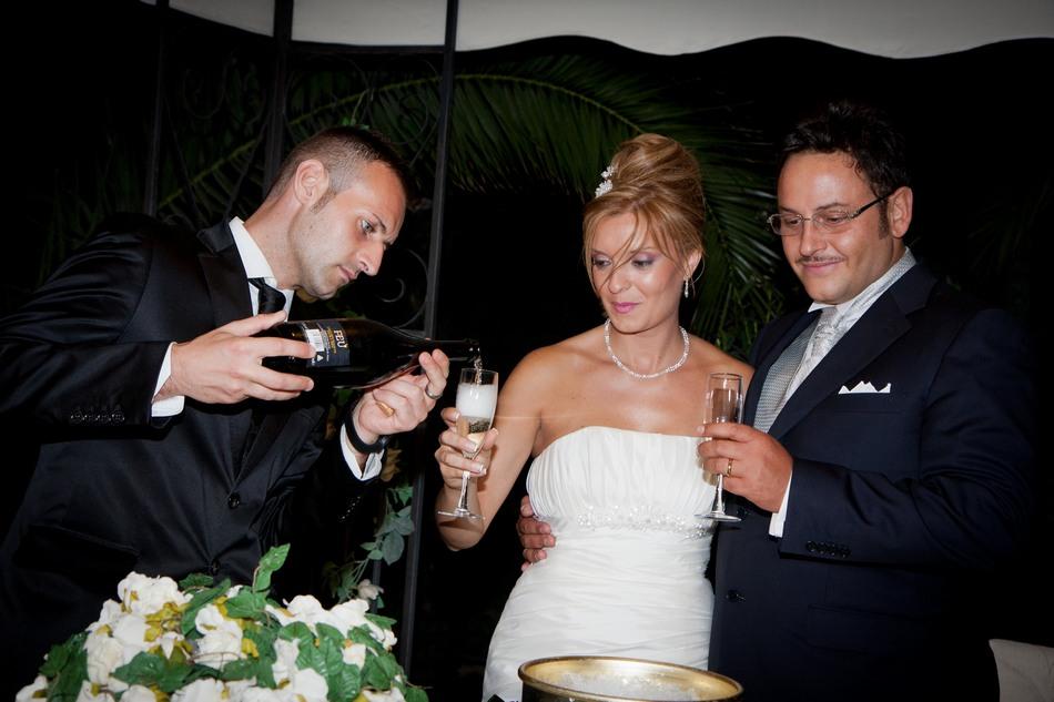 foto_ricevimento_taglio_torta_matrimonio (4)