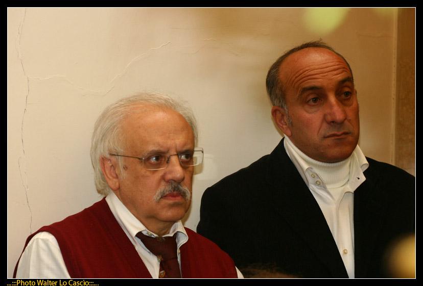 venerd-santo-a-caltanissetta-il-cristo-nero-ed-2009_3445567585_o.jpg