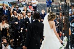 foto_lancio_del_riso_matrimonio (1)