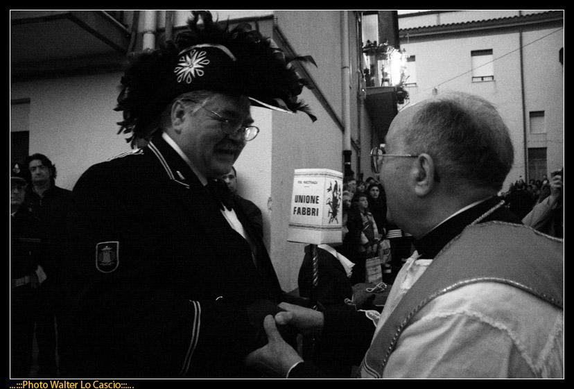 venerd-santo-a-caltanissetta-il-cristo-nero-ed-2009_3445574943_o.jpg