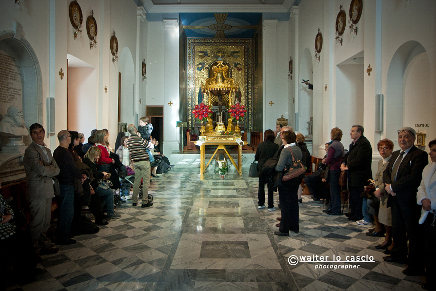 venerd-santo-a-caltanissetta-2012_6911940882_o.jpg