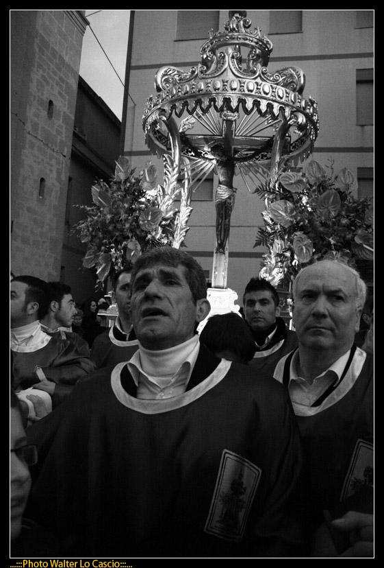 venerd-santo-a-caltanissetta-il-cristo-nero-ed-2009_3445573671_o.jpg