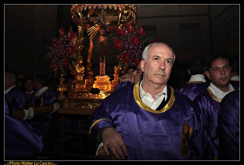 venerd-santo-a-caltanissetta-il-cristo-nero-ed-2009_3445575305_o.jpg