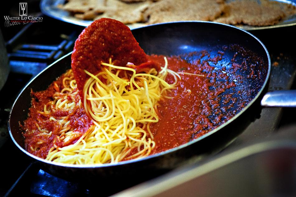 Fotografia_Food_spaghetti_pomodoro.jpg