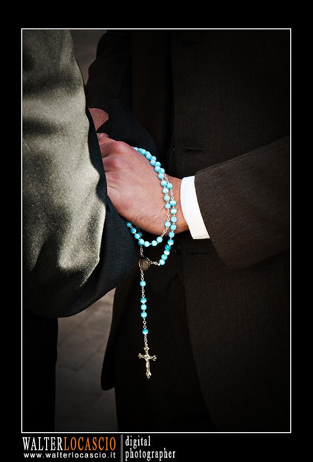 venerd-santo-a-caltanissetta-il-cristo-nero-2010_4514339592_o.jpg