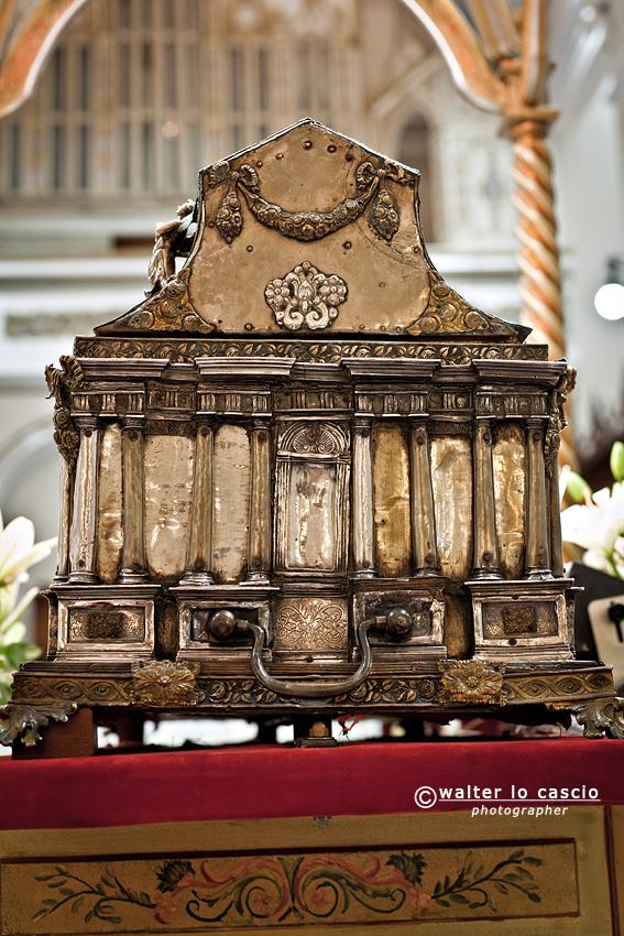 le-reliquie-di-san-filippo_7800608820_o.jpg