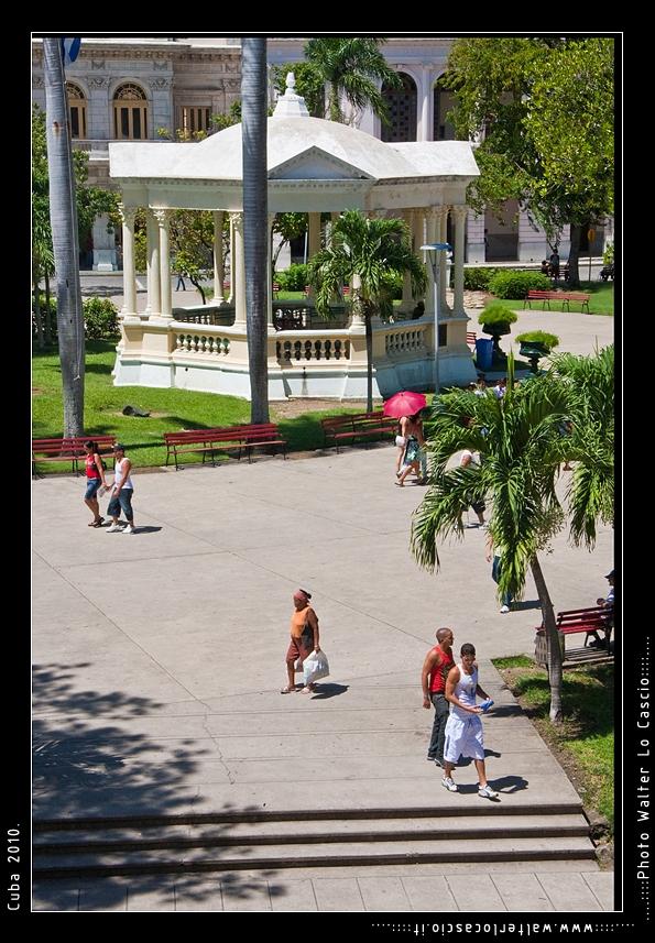 cuba-2010-santa-clara_5161898714_o.jpg