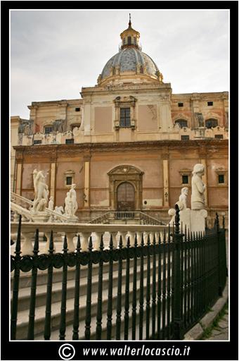 palermo-piazza-pretoria-piazza-della-vergogna_3553907307_o.jpg