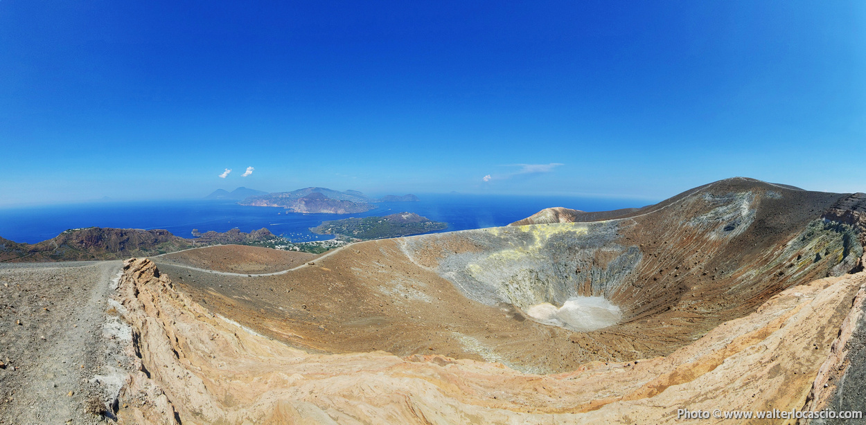 Vulcano-Isole-Eolie-Cratere