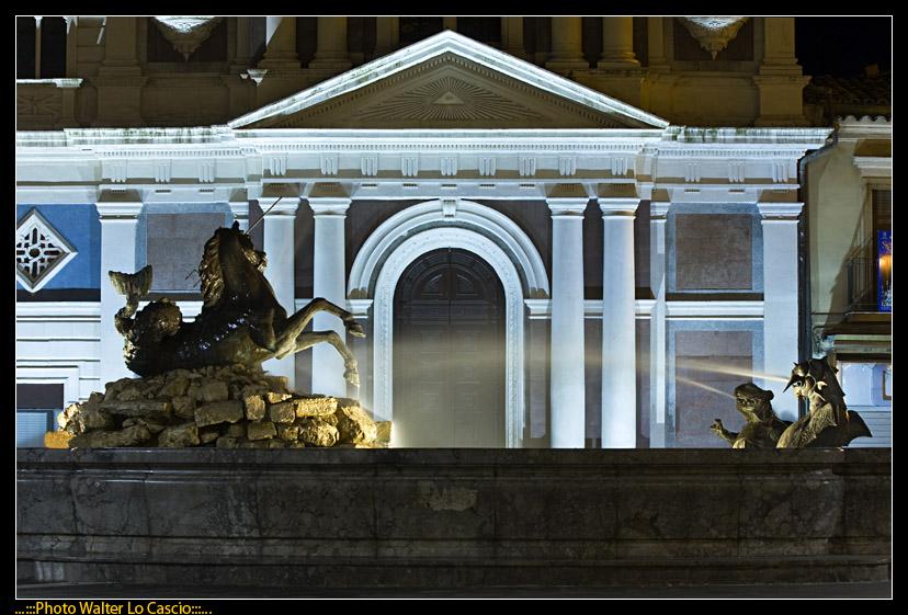 piazza-garibaldi-a-caltanissetta_3422881046_o.jpg