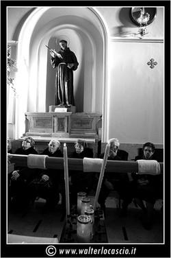il-venerd-santo-a-caltanissetta-il-cristo-nero_3403326319_o.jpg