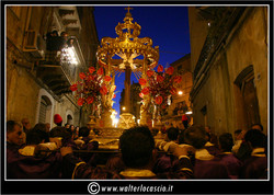il-venerd-santo-a-caltanissetta-il-cristo-nero_3403330221_o.jpg