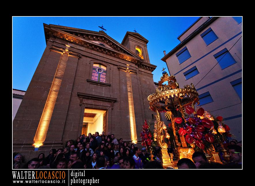 venerd-santo-a-caltanissetta-il-cristo-nero-2010_4513713135_o.jpg