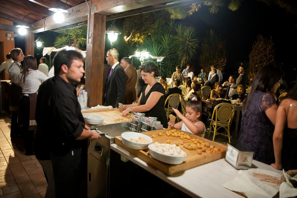 foto_ricevimento_taglio_torta_matrimonio (5)