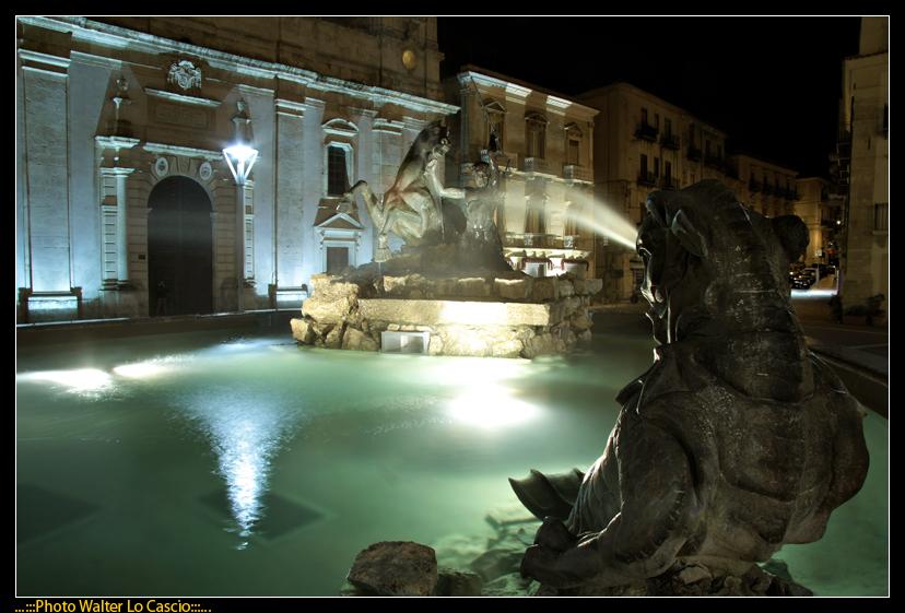 piazza-garibaldi-a-caltanissetta_3422878230_o.jpg