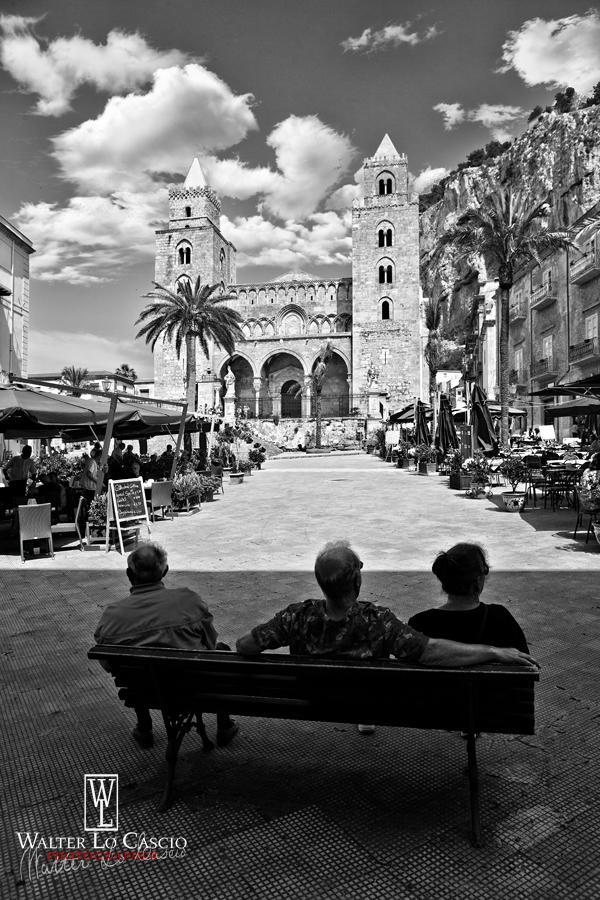 cefal--piazza-duomo_14087569848_o.jpg