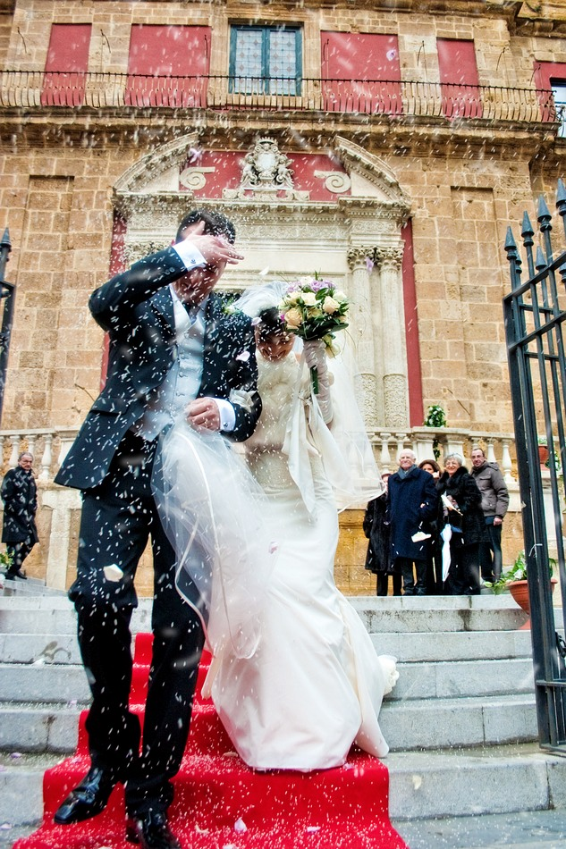 foto_lancio_del_riso_matrimonio (2)