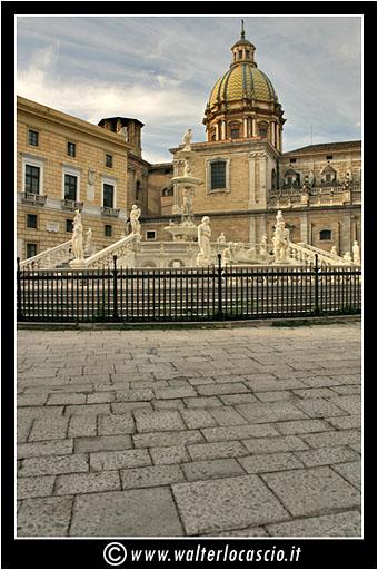 palermo-piazza-pretoria-piazza-della-vergogna_3553906061_o.jpg