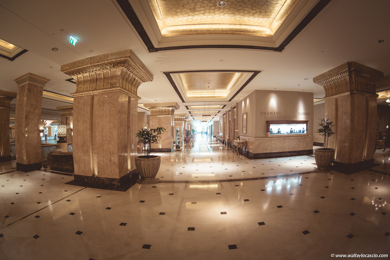 Abu_Dhabi_Emirates_Palace_Hotel_Photo (2