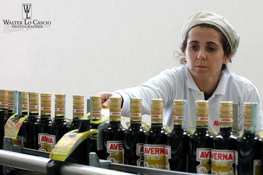 Foto_Averna_Imbottigliamento (17).jpg