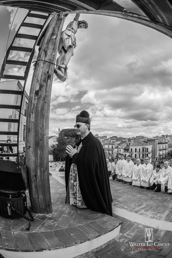 venerd-santo-a-san-cataldo-2014_13925375793_o.jpg