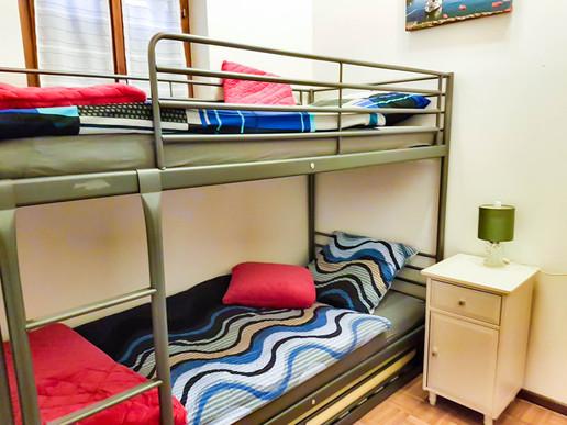 junior room02.jpg