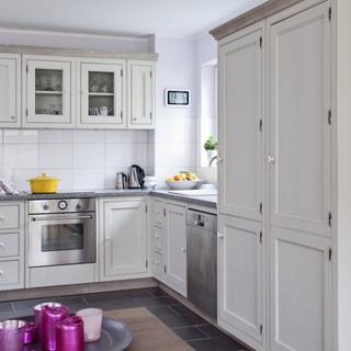 kitchens - cabinets -QUADRA