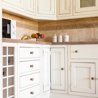 kitchens - traditional style -QUADRA
