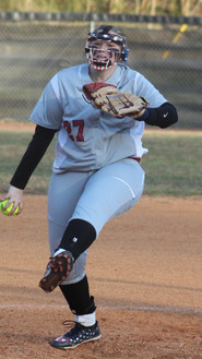 Kacie Russell pitching 2.jpg
