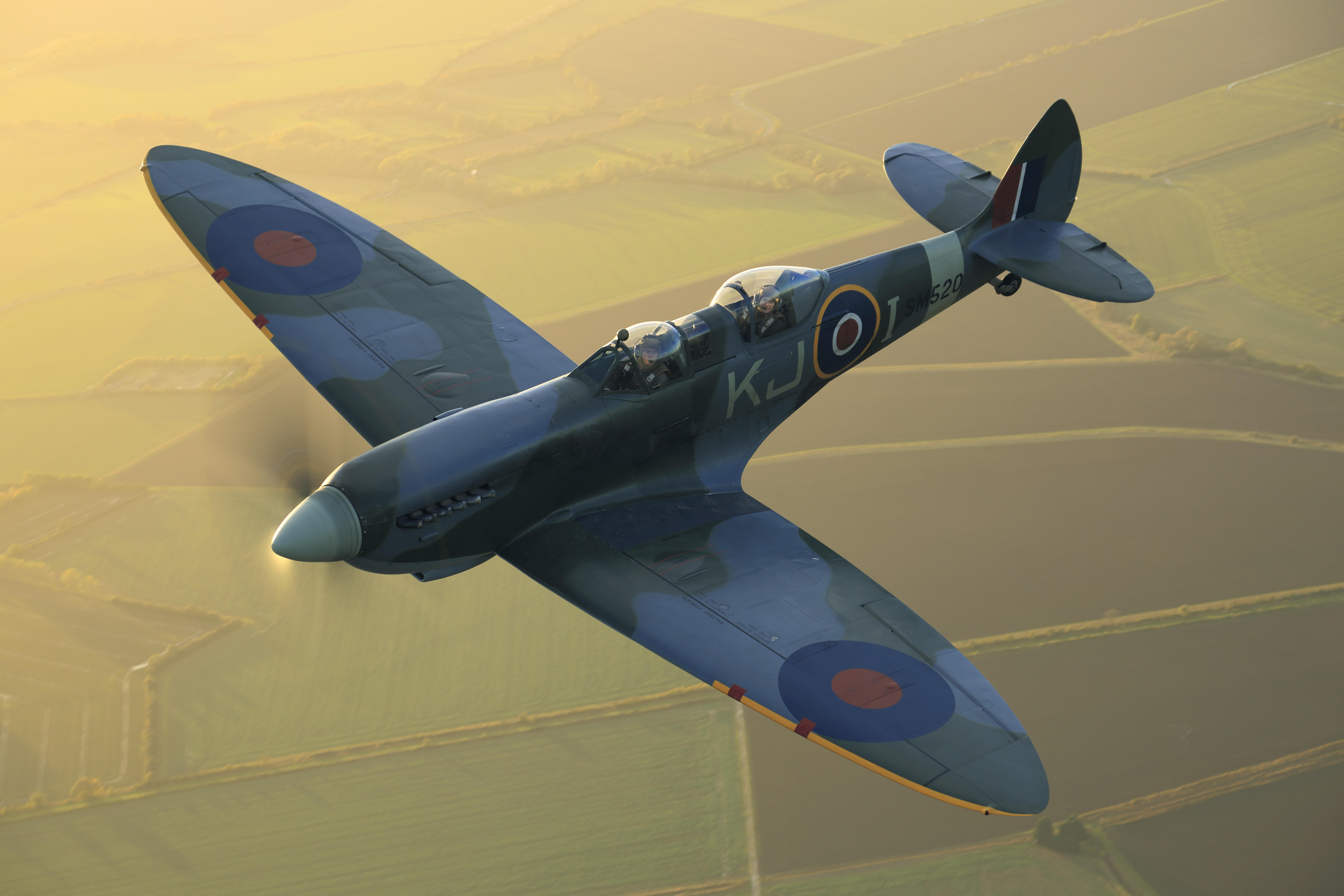 SM520 | Spitfire Flight Experiences from Goodwood Aerodrome, UK