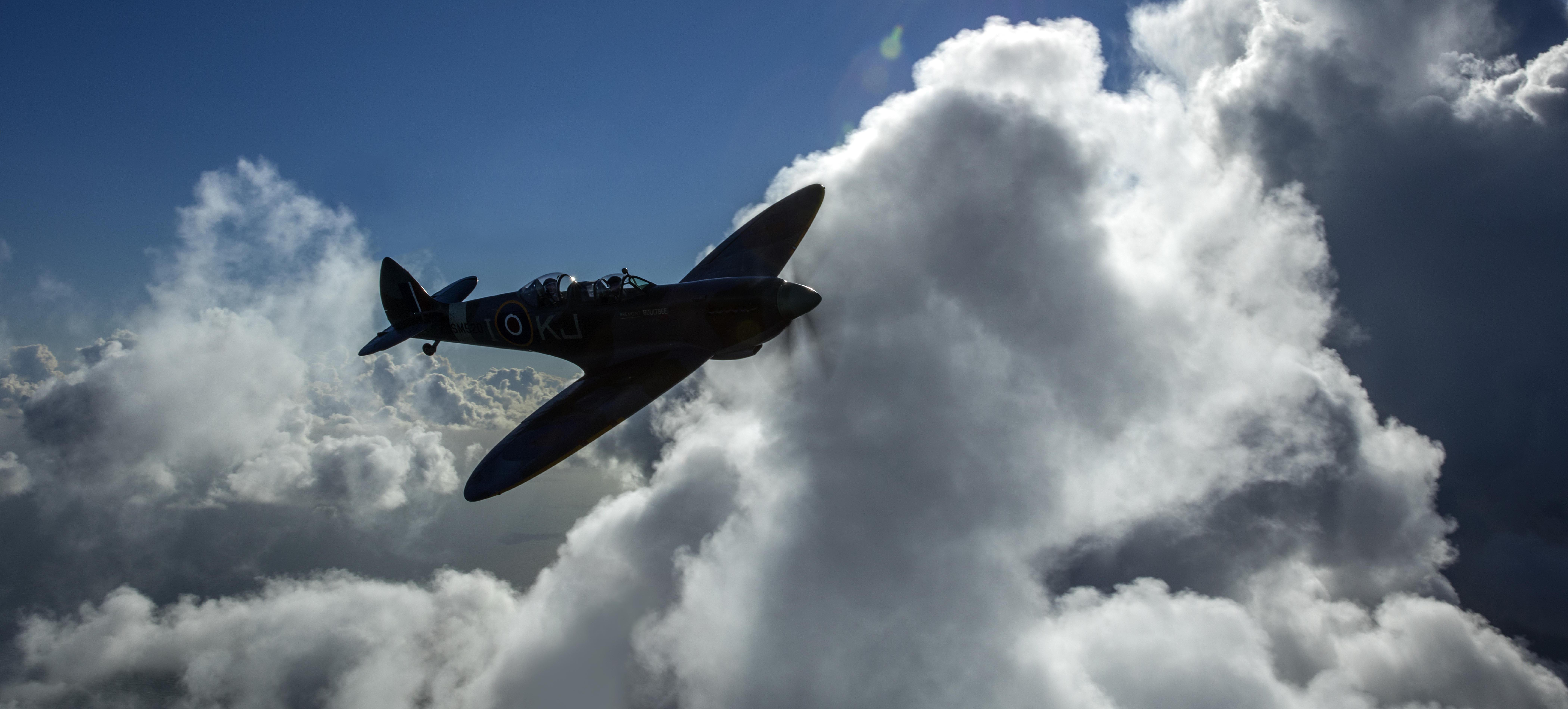 Most Thrilling 50-minute Spitfire Flights over the English Channel
