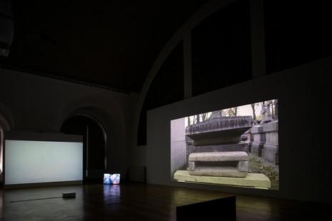HISK X SWITCH - Anais Chabeur, Lydia Debeer, duo Chloé Op de Beeck & Herman Van Ingelgem, 2020
