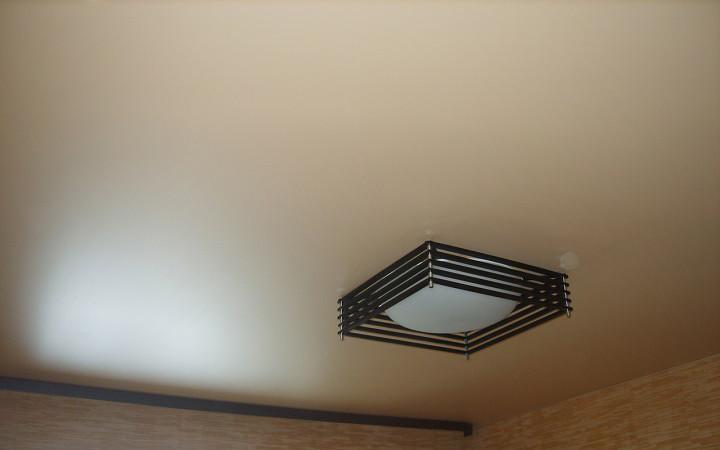 Матовые-натяжные-потолки.jpg