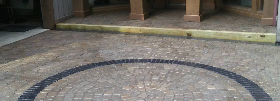 Custom Stonework with Cicle Design- Driveway