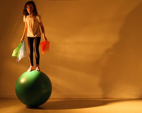 trampoline, plinthe acrobatie gymnique,