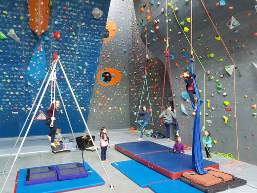 stage_cirque_escalade_réduit_2.jpg