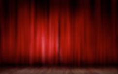 Scene de théâtre à Vaulnavey-Le-Haut. Ateliers amateurs enfants,ados et adultes
