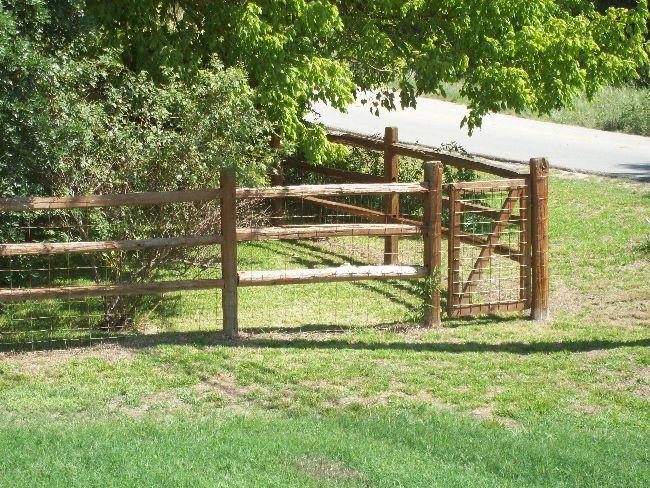 4.5ft Split Rail Fence & Gate