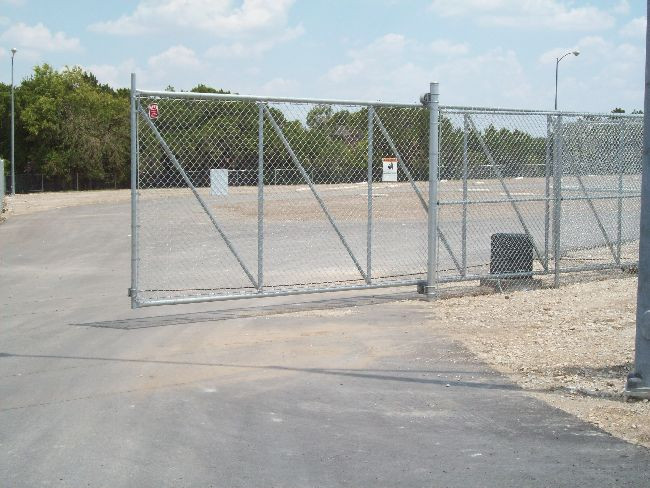 8ft Cantilever Gate w/Operator