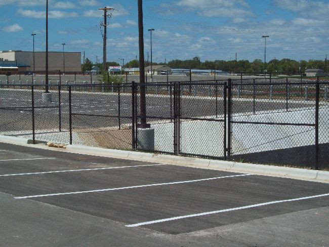 6ft Commercial Black Chain Link Fence