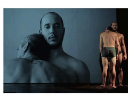 """Anthony Kmeid: llega con su """"Danza de Los Papeles"""" al Barcelona Districte Cultural."""