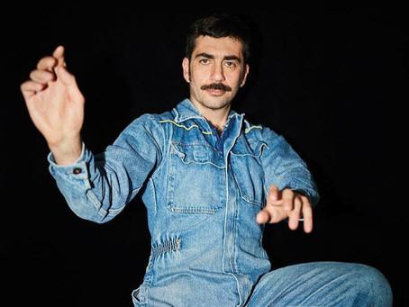 Evripidis and His Tragedies se pone melancólico sobre el futuro en su nuevo álbum 'Neos Kosmos'.