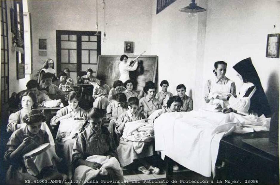 Una imagen histórica del Patronato de Protección a la Mujer.