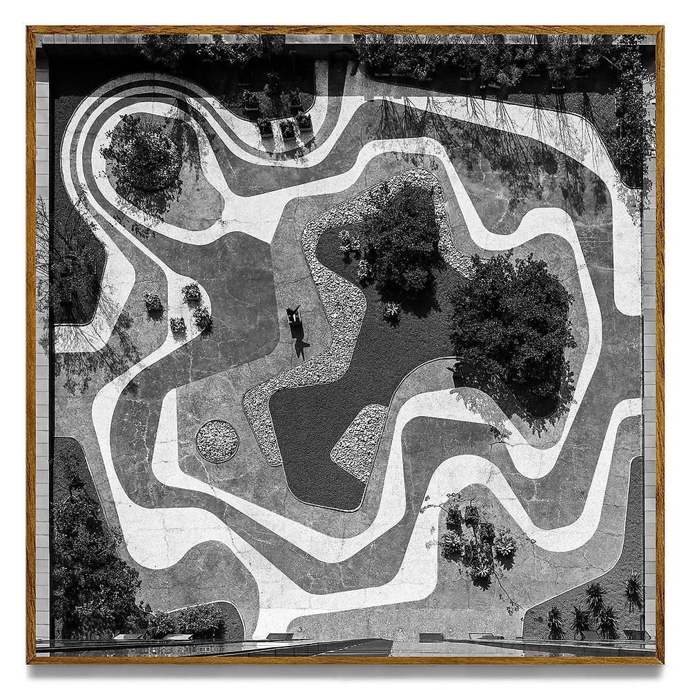 Leonardo Finotti. Serie Brutiful: Terraço #01, 2011. Banco Safra [Burle Marx]. Pigment print on cotton paper. 80x80 cm
